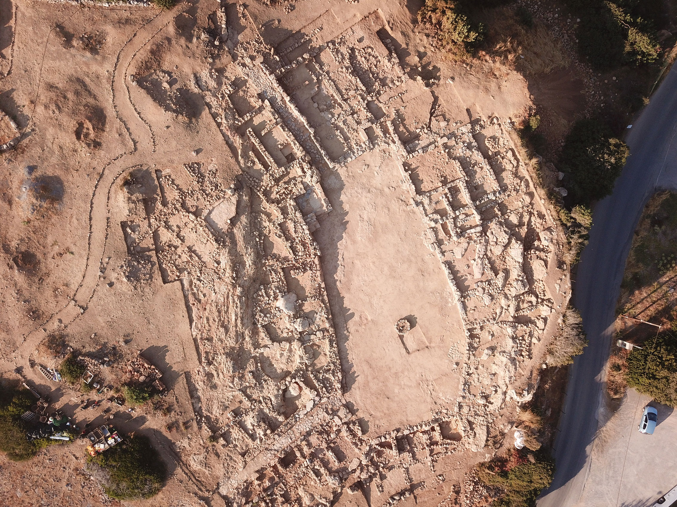 Rare ancient tomb of rich Minoan woman discovered at monumental archaeological complex in Crete