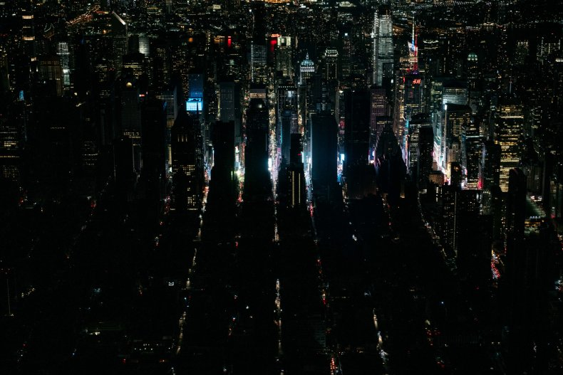 Thousands of New Yorkers Without Power