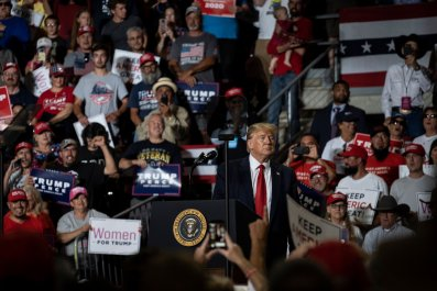 how to watch live stream trump rally