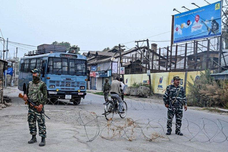 india kashmir border security pakistan lockdown