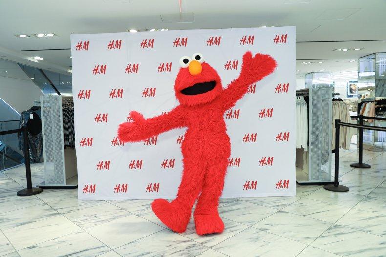 Elmo Gets Hugs on Fifth Avenue