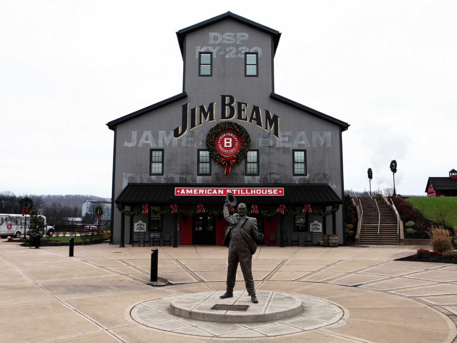 Jim Beam American Stillhouse On Airbnb Location Price And How To Get A Reservation