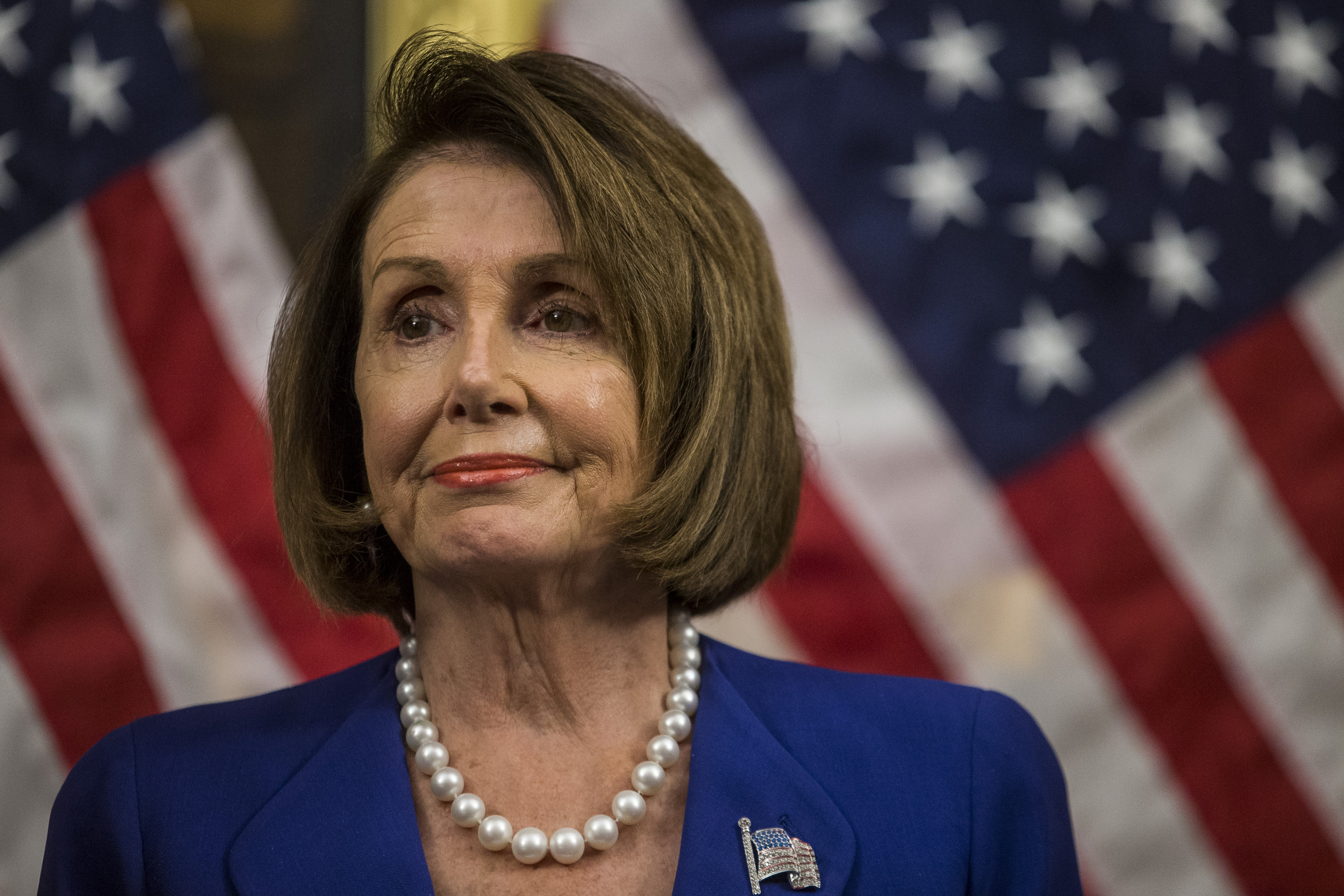 """""""Speaker Pelosi"""" trends as followers praise her for using Trump's """"unhinged meltdown"""" image as her Twitter cover photo"""