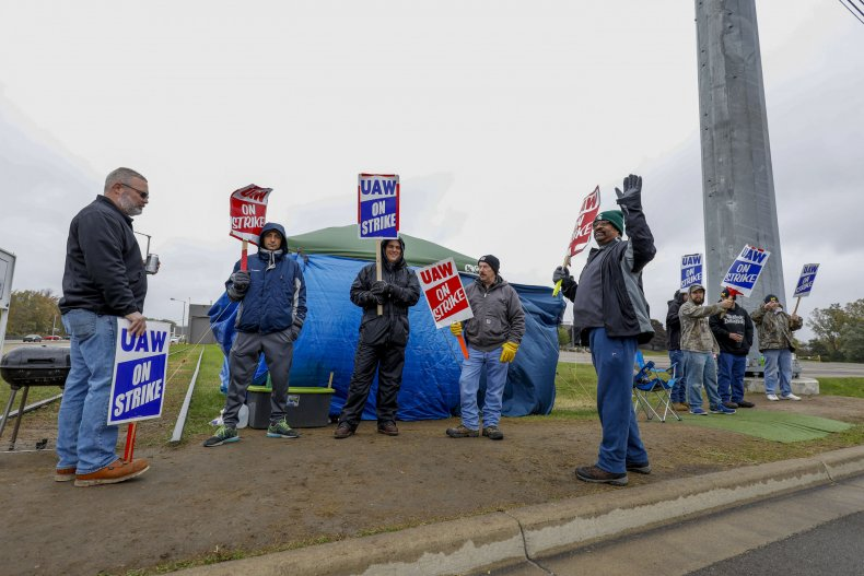 UAW Striking Workers