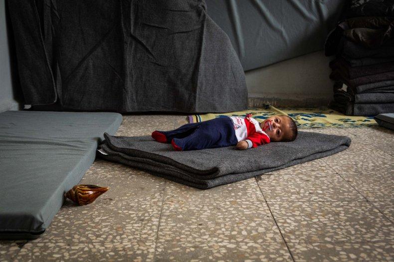 syria war baby photo hospital