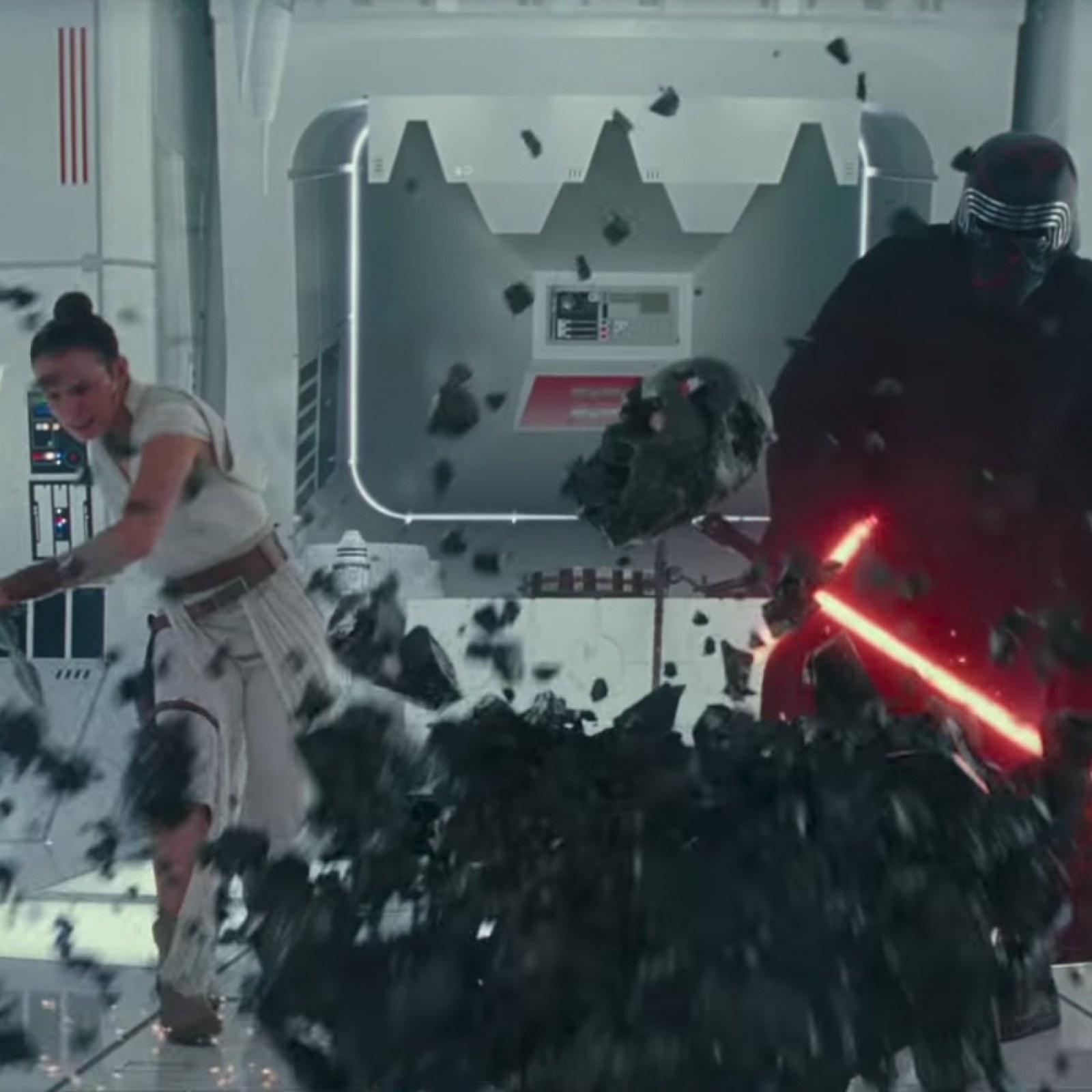 Star Wars The Rise Of Skywalker Leaked Images Spoil Rey Kylo Ren Surprise