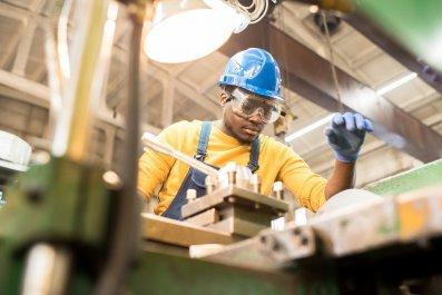 Worker repairing machine