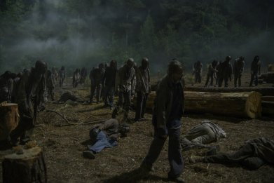 walking dead 10x04 zombies