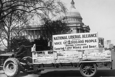 Prohibition 100th Anniversary: Facts and Timeline of U.S. Ban on Alcohol