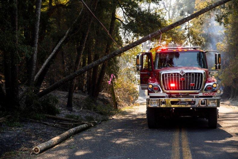 wildfires california pg&e power lines
