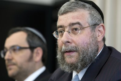 rabbi europe anti-semitism facebook twitter hate speech