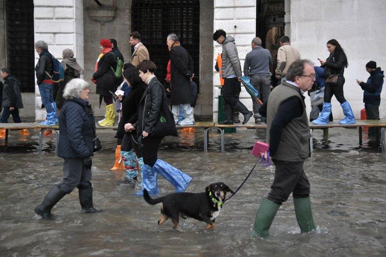 Venice Flooding citizens