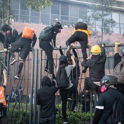 Hong Kong, polytechnic university, students, siege, flee