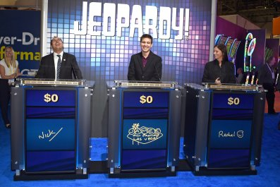 """""""Jeopardy!""""-Themed IGT Slot Machines"""