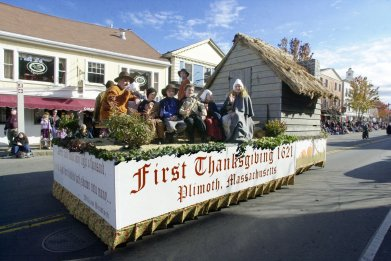 Plymouth Hosts Thanksgiving Parade
