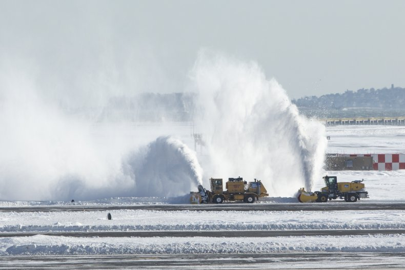 Boston airport bomb cyclone snow storm 2018