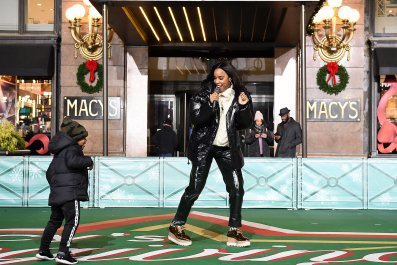 Kelly Rowland Thanksgiving Parade