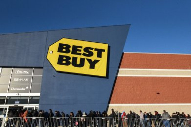 Best Buy Black Friday shoppers New York