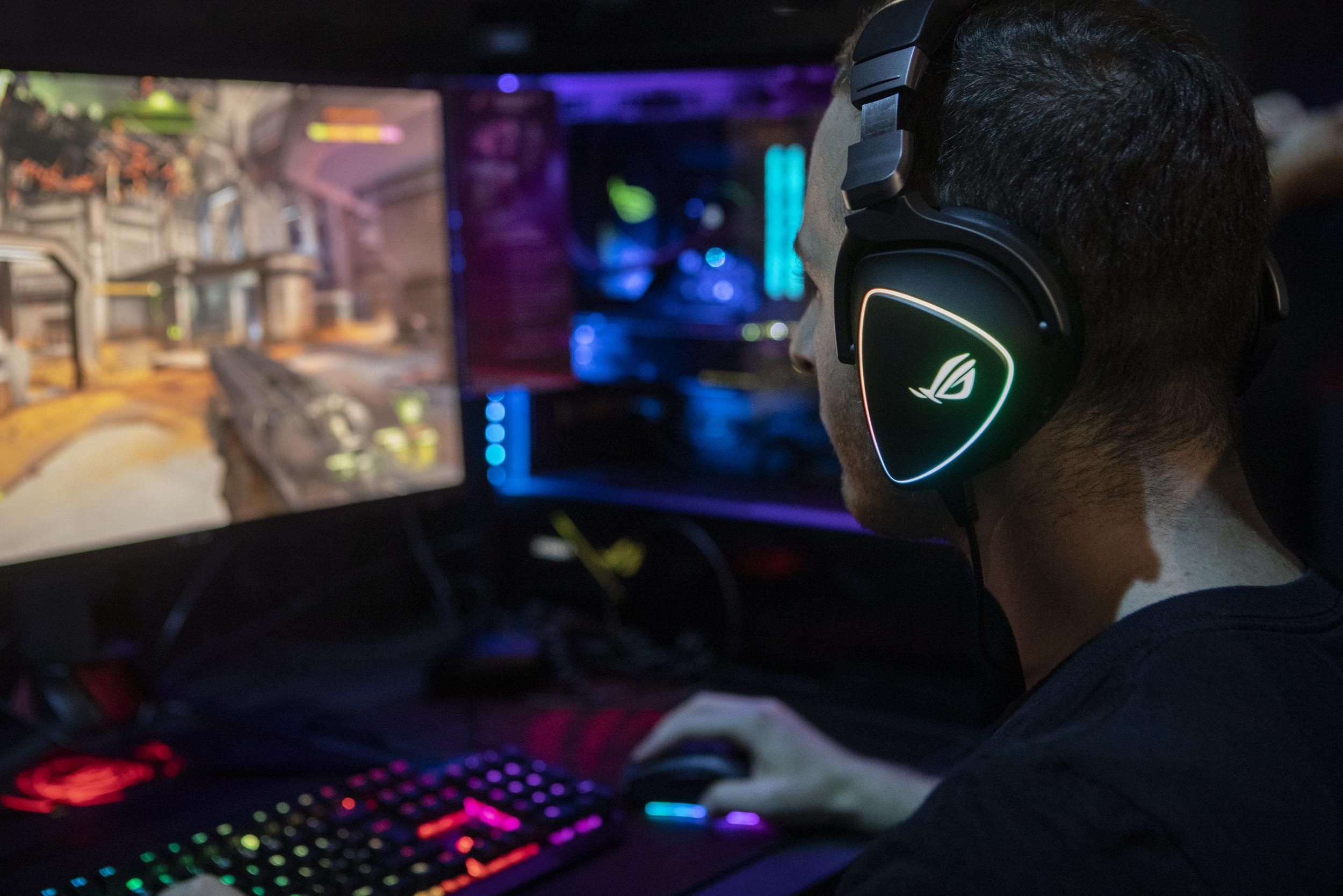 Black Friday 2019 Steam Autumn Sale Deals On Top Pc Games Sekiro Gta 5 Disco Elysium Far Cry Gears 5 And More
