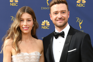 Why is Justin Timberlake apologizing to Jessica Biel?