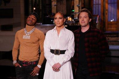 Watch Jennifer Lopez Host 'Saturday Night Live'