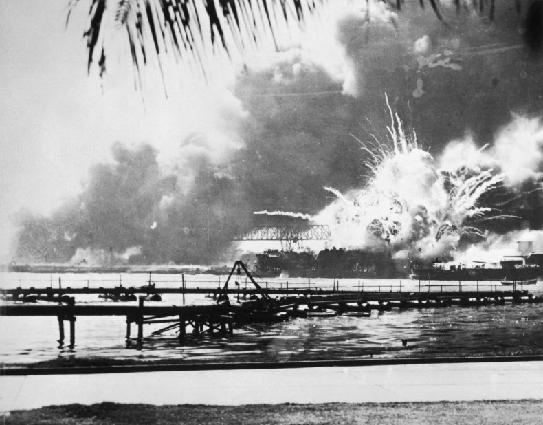 pearl harbor anniversary pictures images