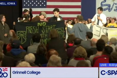 pete buttigieg liberal protesters grinnell