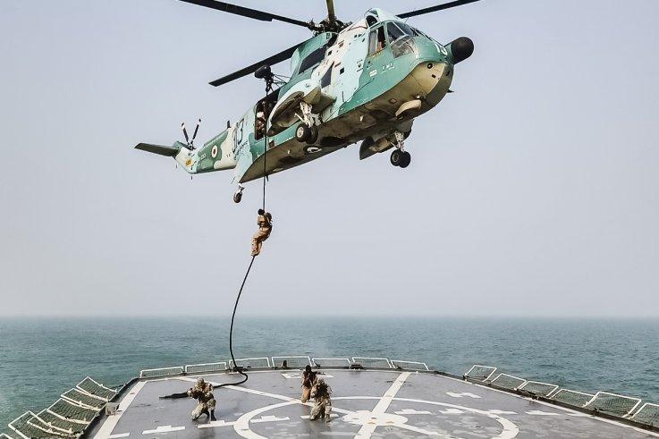iran army navy military parade training