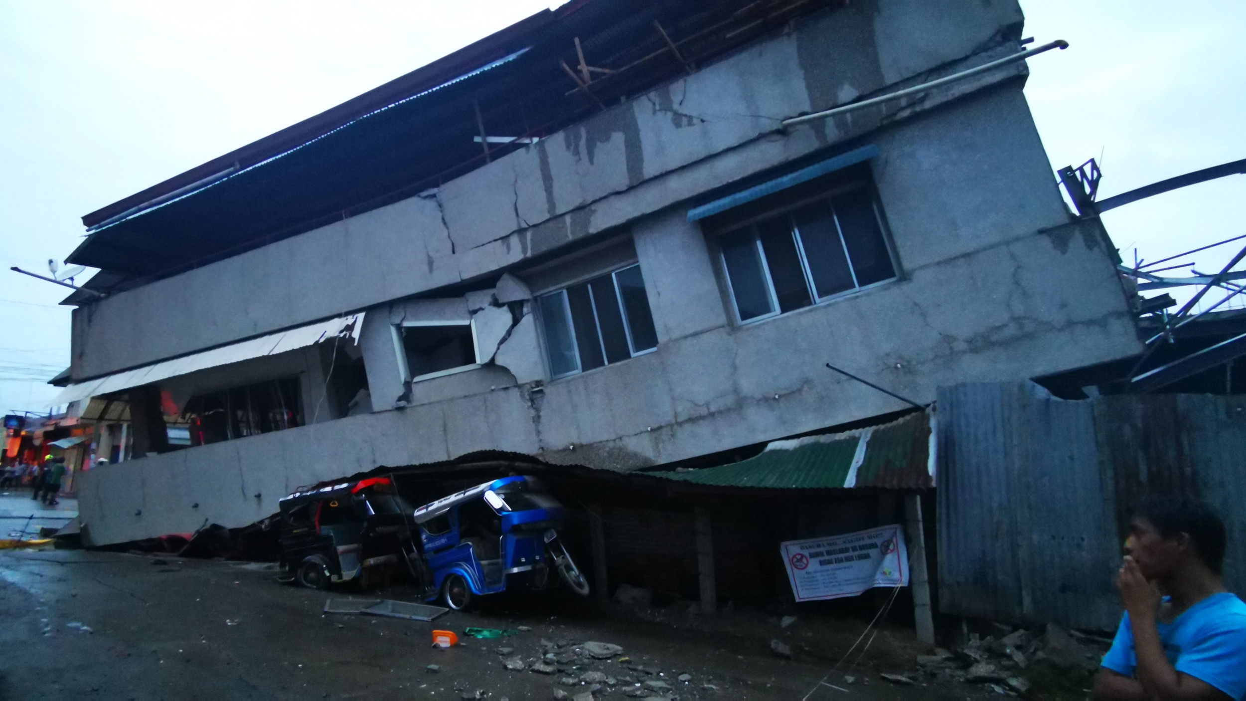 Fatal Earthquake Measuring 6.8 Magnitude Strikes Philippines