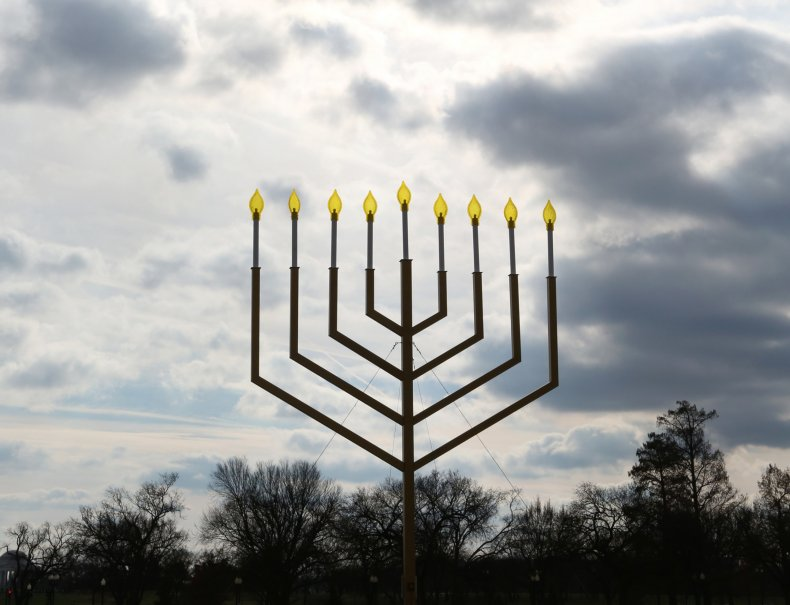 chanukah or hanukkah spelling of festival lights