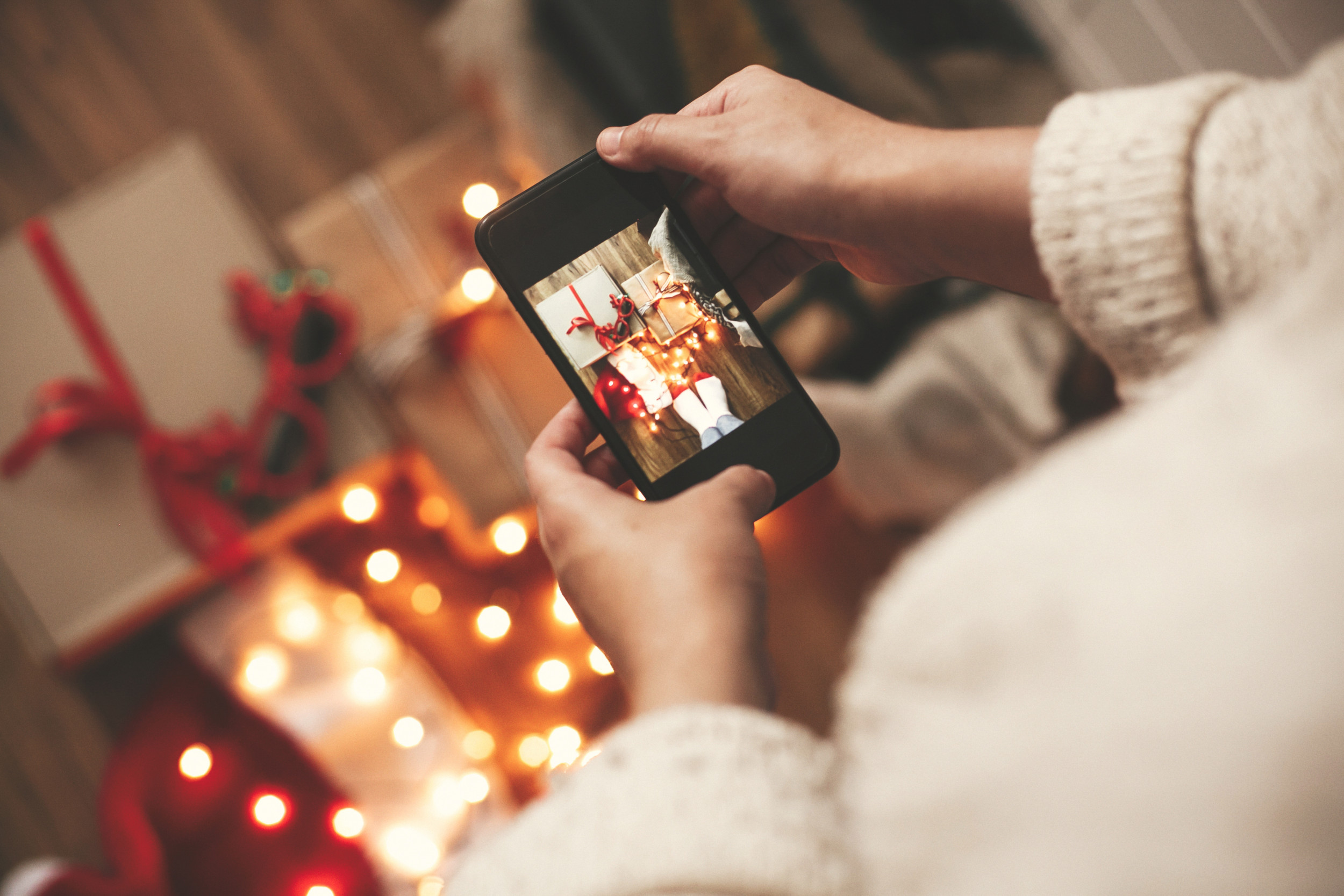 12 Christmas Instagram Captions To