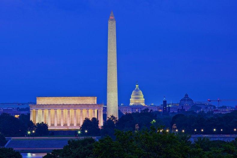 Washington Due To Keep Shutdown At Bay