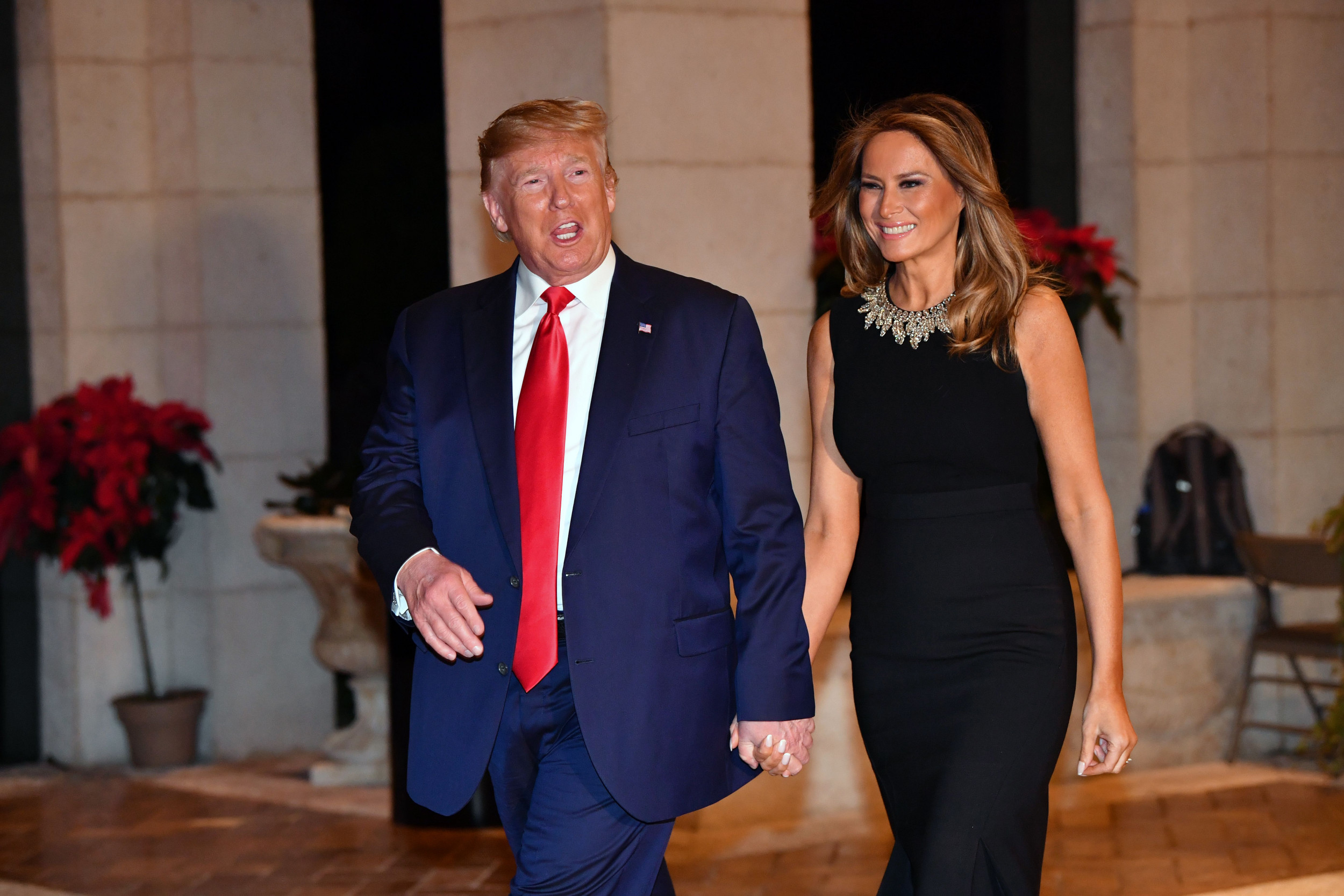 Melania Trump Christmas With The Troops 2020 Donald Trump Tells Troops He's 'Still Working on a Christmas