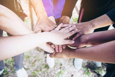 handshake-all