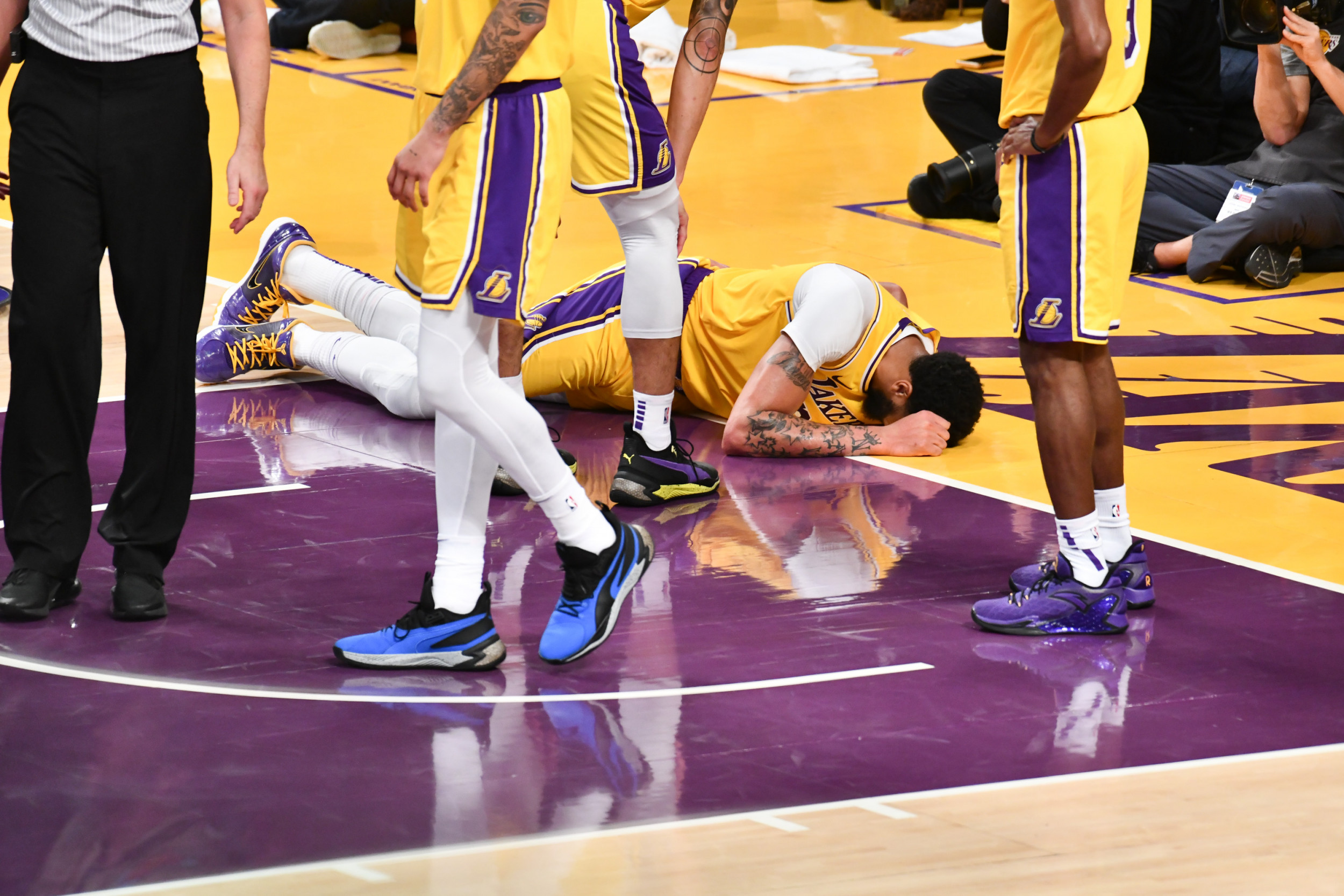 Anthony Davis Injury Update Lakers Star To Miss Two Games