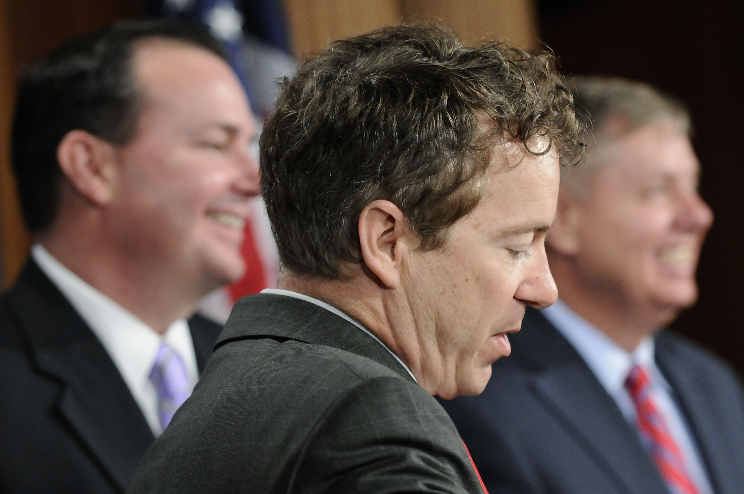 "GOP Senators Rand Paul, Mike Lee rebuke ""insulting, demeaning"" Iran briefing, say they support limiting Trump's military powers"