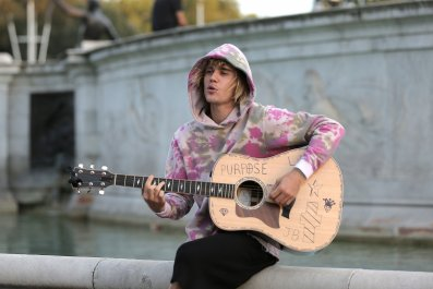 justin bieber, london, Buckingham Palace,