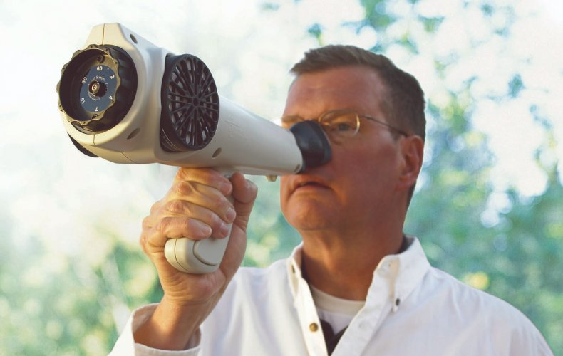 Man using the Nasal Ranger