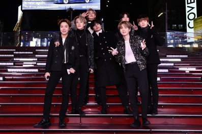 BTS NYC Times Square December 2019