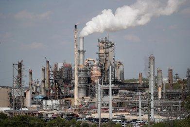Citgo refinery fossil fuels