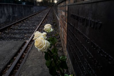 Holocaust, Germany, Donald Trump, genocide, warning