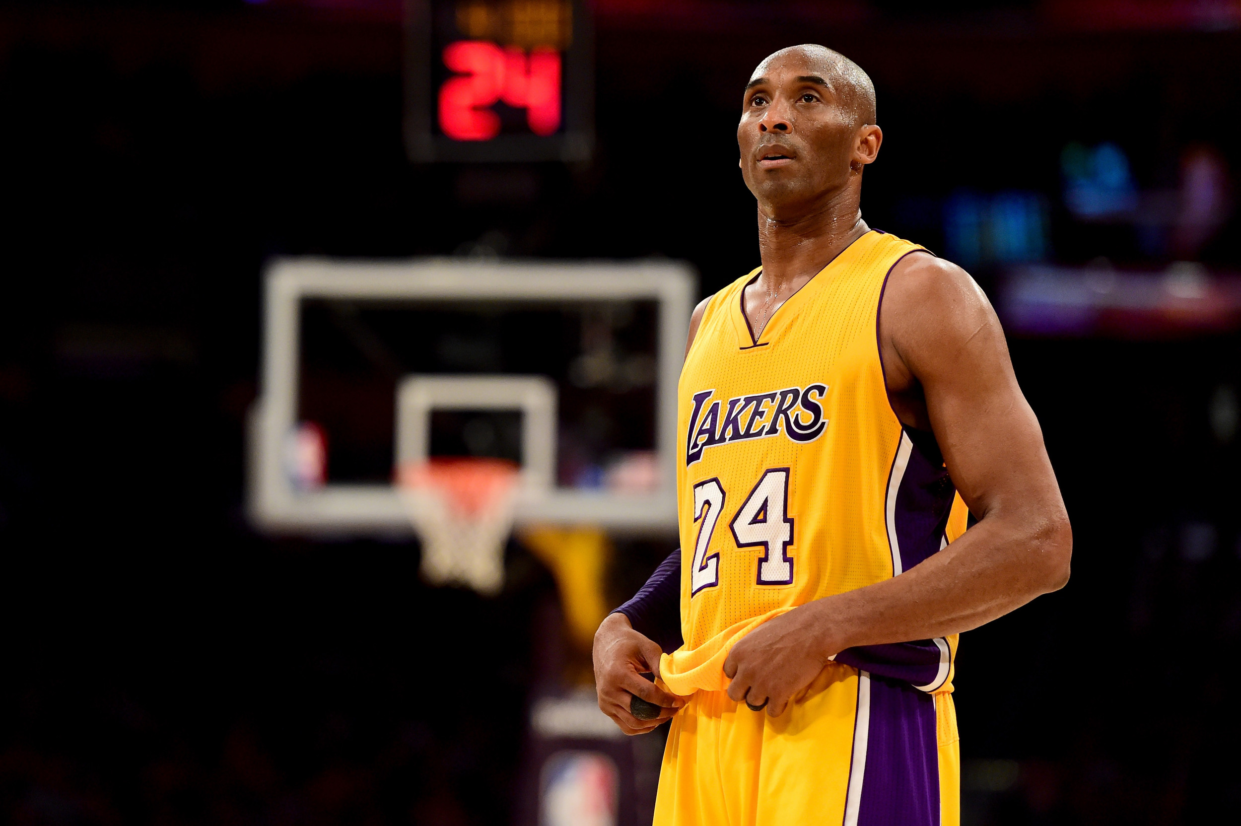 Kobe Bryant S Death Sparks Petition To Get Lakers Star On Nba Logo