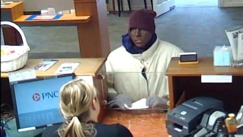 Man robs bank in blackface