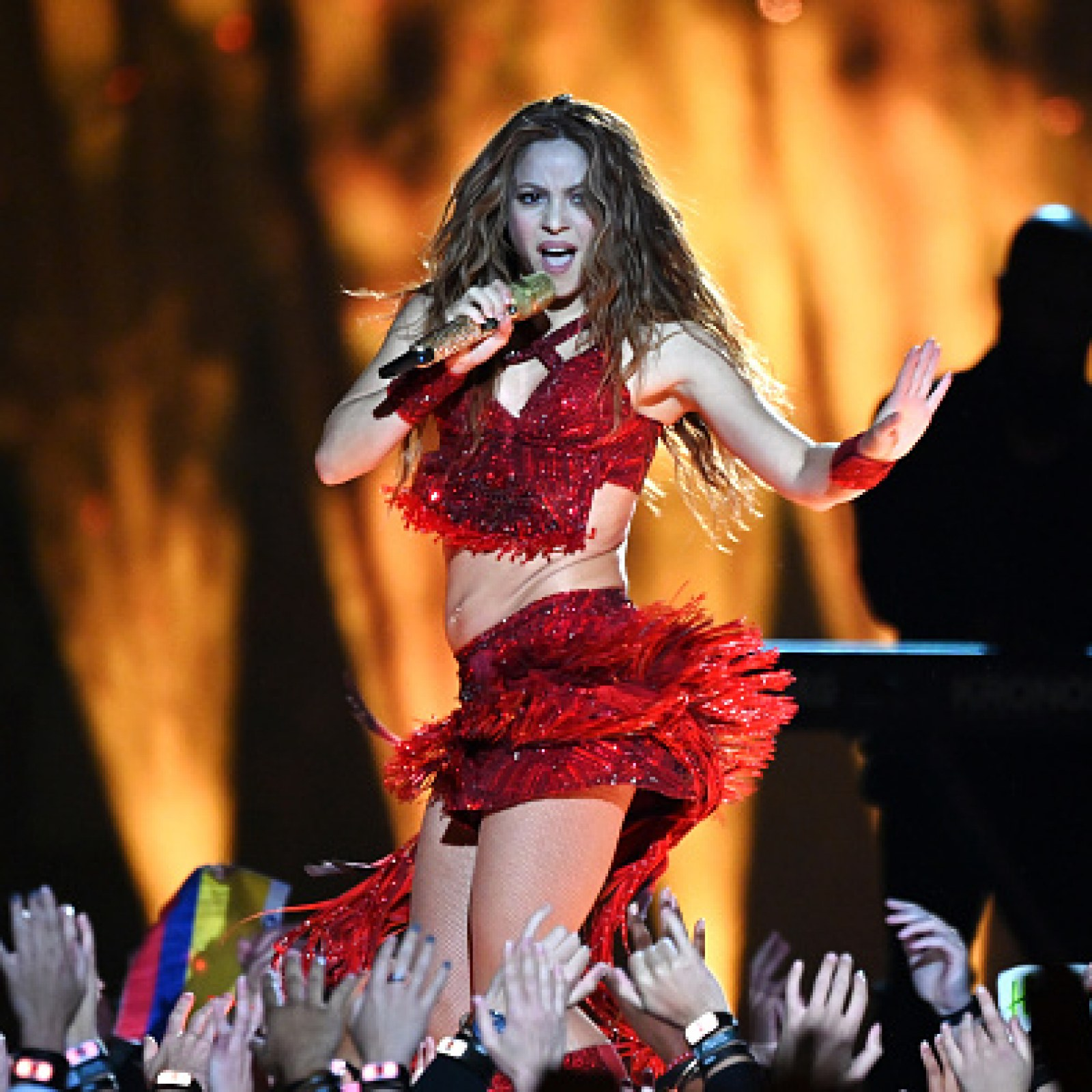 Best Super Bowl Halftime Show Ever Shakira And J Lo Have Fans Raving After Sunday Performance