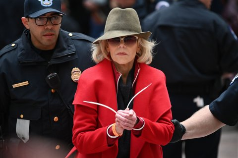 Jane Fonda Brings Her Climate Change Protest 'Fire Drill Fridays' (And That Red Coat) to Los Angeles