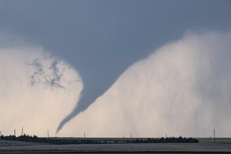 Tornado in Dodge City Kansas 2016