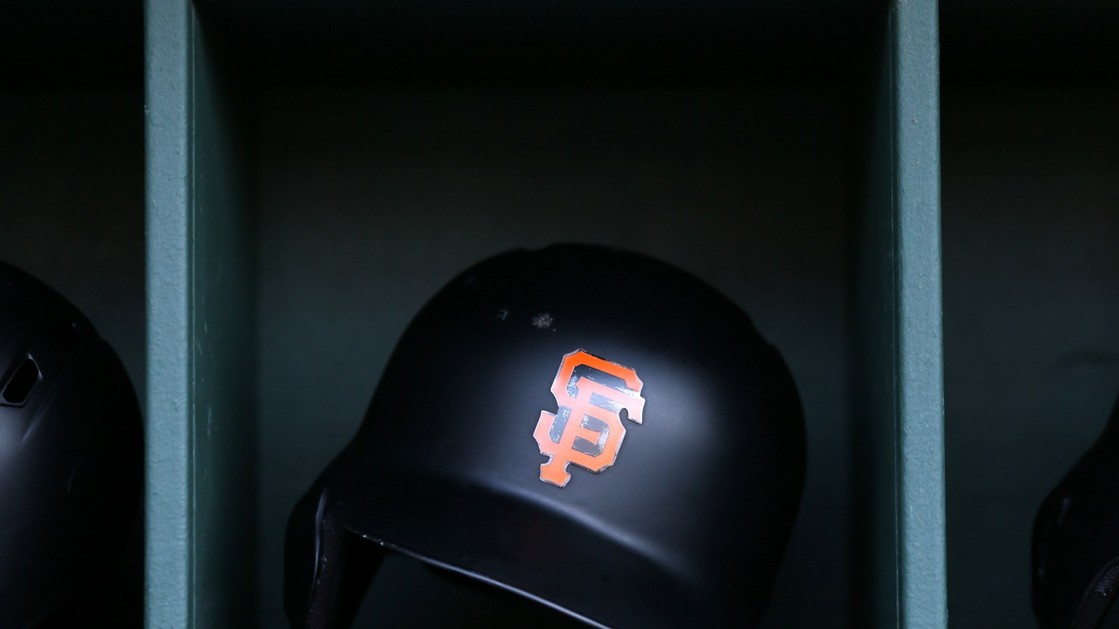 San Francisco Giants Broadcaster Says He Won T Miss Ex Player At