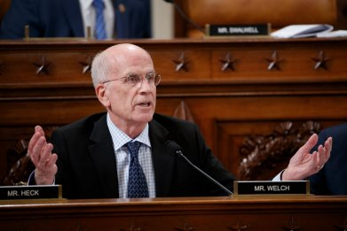 Peter Welch on Bernie Sanders candidacy