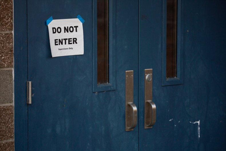 coronavirus seattle washington schools companies pence