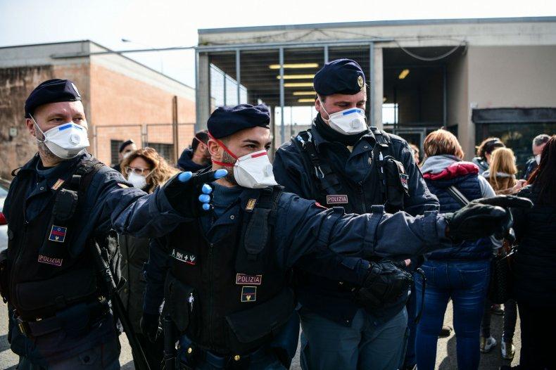 italy prison riot coronavirus family quarantine visits